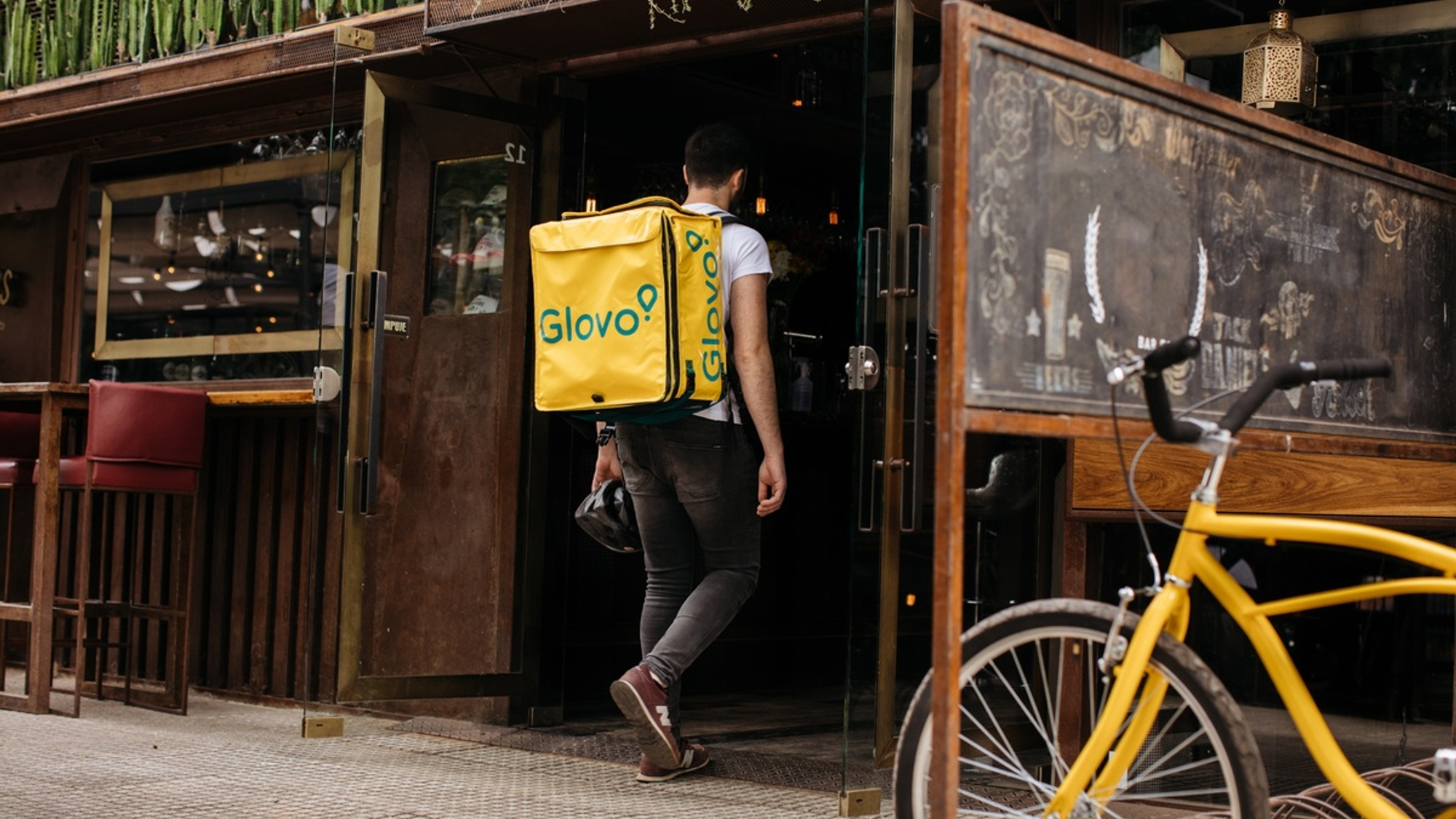 Glovo raises €450M in Series F funding round led by Lugard Road Capital and Luxor Capital Group